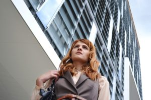 woman-outside-building