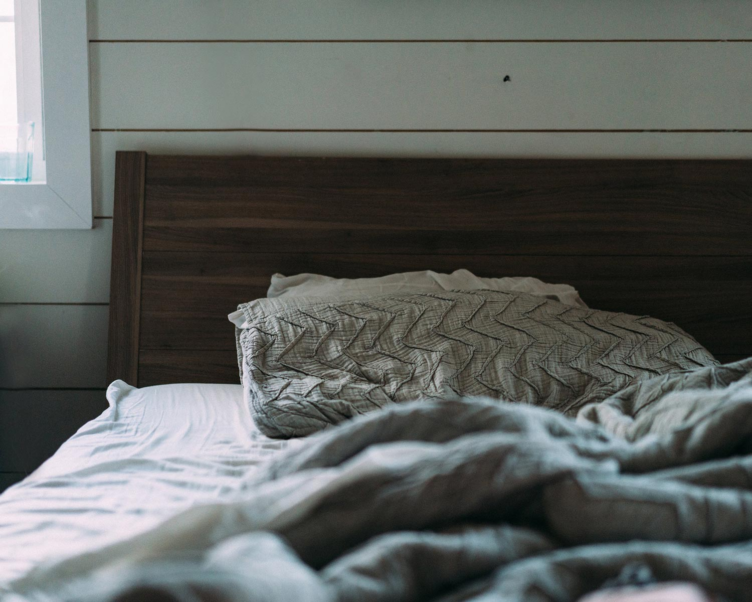 empty-bed-opiate-witjdrawal