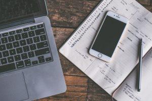 laptop-iphone-notebook