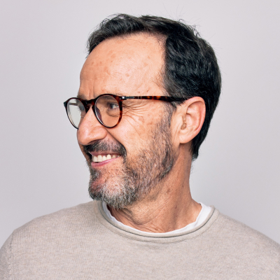 man-glasses