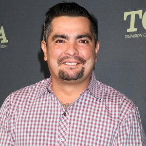 Aarón Sánchez, Hispanic celebrity in addiction recovery